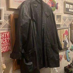 Learsi leather coat